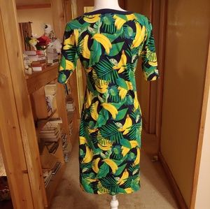 Old Navy Dresses - Old Navy.  Fitted.  Tropical Fruit Print.